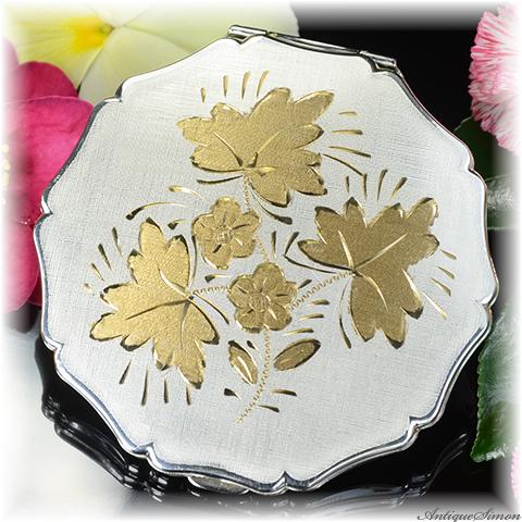 ストラットン Stratton 未使用パーフェクト 特注新品ミラー 手彫金の一点物 金銀の華やかさ パーティシーンにも EPNSシルバー 絹目調仕上げ お粉プレスト両用 クイーンタイプ コンパクト