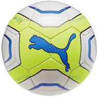 サッカー5号球です。