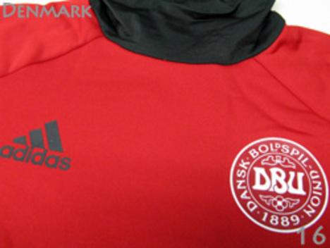 デンマーク代表 トレーニングトップ