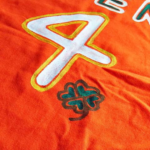 恐竜背番号tシャツ オリジナル  お好きな背番号が入る!