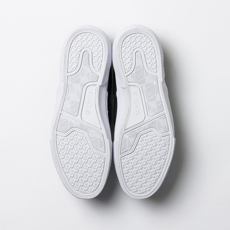【SLACK FOOTWEAR】CALMER ES SLIP-ON (BLACK/WHITE)
