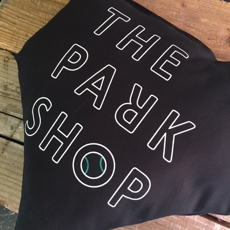 【THE PARK SHOP】 HOMEBASE CUSHION (BLACK)