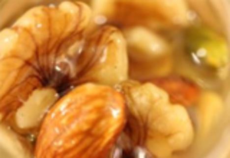 ナッツのハチミツ漬け(アカシアの花)