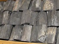 土佐木炭樫1級箱入り6kg昔ながらの木炭です