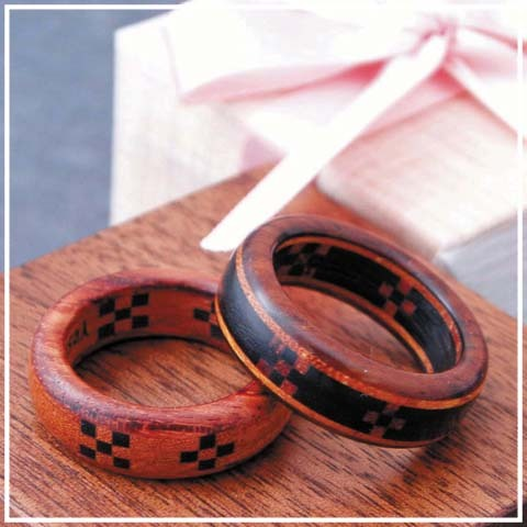 木の指輪屋さん 木の指輪 木婚式 プレゼント 結婚記念日 5年目 金属アレルギー