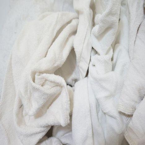 白タオルウエス10kg 中古生地 塗装 機械清掃 水道工事 水漏れ対策 ダクト内清掃 看板サイン業 内装工事 洗車 自動車/バイク/遊戯機器のメンテナンス 介護 溶剤の拭き取り 台所清掃 ガラス拭き