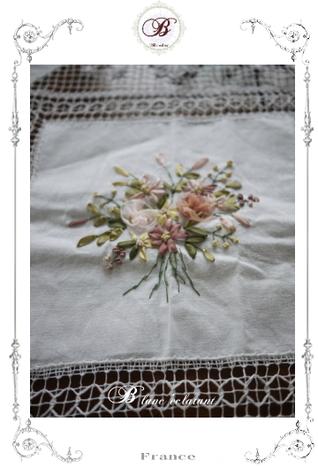 レーステーブルクロス(お花装飾付)