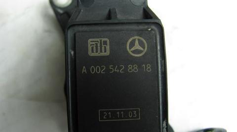 中古 ベンツ R230 ハイトセンサー 0025428818 SL350 SL500 SL600