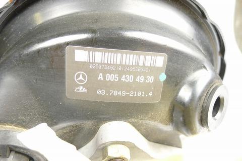 中古 ベンツ W203 ブレーキブースター マスターシリンダー付 0054302930