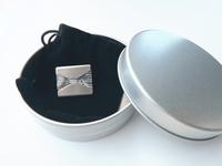 銀製アロマブローチ