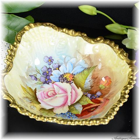 エインズレイ AYNSLEY すべてハンドペイント 一幅の絵画 ゴージャスな着彩 貝殻形の飾り皿 立体的な縁取り 金彩の強い輝き 手描き 1939年〜1959年 語らいの場に豊かな話題を