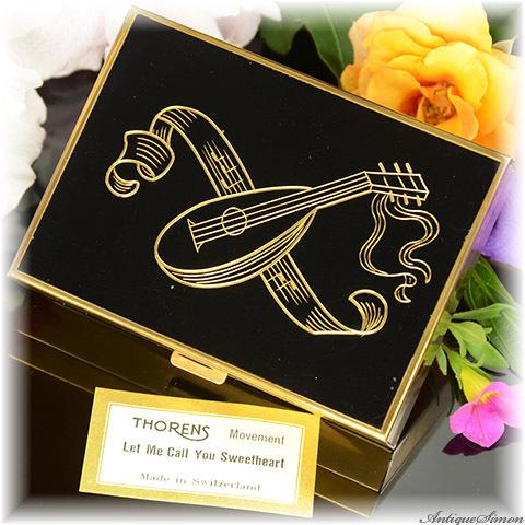スイス AGME オルゴール付きコンパクト THORENS製ムーブメント Let Me Call You Sweetheart 熟練の手彫金 リュートと五線譜 トーレンス 黒エナメル 1950年代