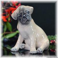 ロイヤルコペンハーゲン ROYAL COPENHAGEN 愛嬌あるパグの子犬 釉下彩 フィギュリン 1940年 柔らかく溶け広がるアンダーグレイズ No3169 Theodor Madsenの作
