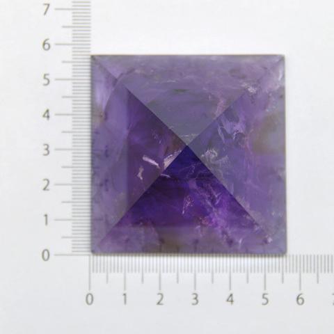 アメトリンピラミッド