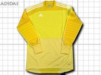 adidasのゴールキーパーユニフォーム