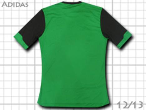 【在庫限り】 adidas チーム用ユニフォーム・TEAM12 緑 【¥1999+税】