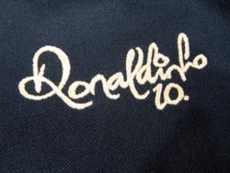 R10 ロナウジーニョ