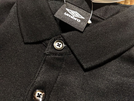 【1マーク加工無料】 アンブロ COLOUR×UMBRO 鹿の子ポロシャツ・黒 【メール便送料無料】