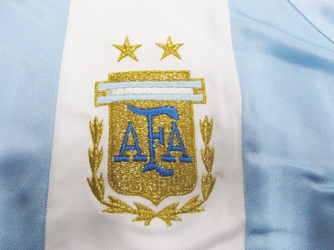 【ドイツW杯公式】adidas アルゼンチン代表・3ストライプシャツ アディダス 【在庫の限り】