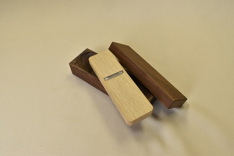 鰹節削り用鉋(カンナ) C型(小) SK鋼×ウォルナット