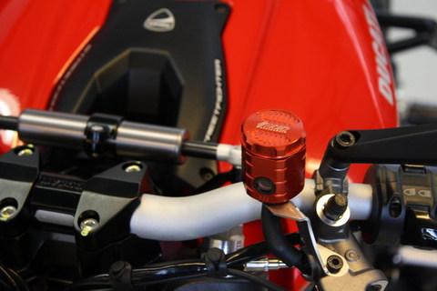 DUCATI Streetfighter / S (1098) 2009y'以降 モデル用 クラッチ マスター リザーバー オイル タンク アルミ削り出し RED (赤色)
