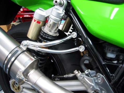LBP Kawasaki ZRX1100 / ZRX1200 / DAEG 用 アルミ マフラー ステー バフ仕上げ