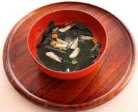 富山県限定わかめスープ 盛り付け例