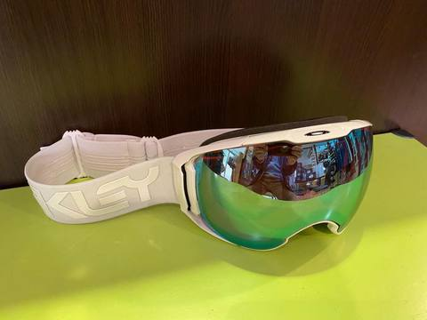 OAKLEY  AIRBRAKE XL   FACTORYPILOT WHITEOUT