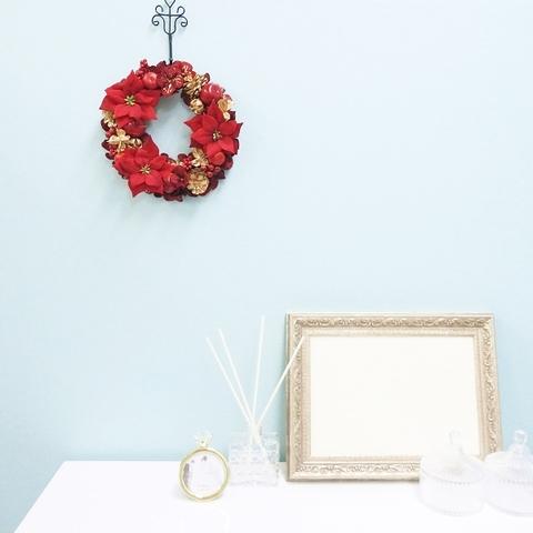 * クリスマスリース(ポインセチアとリンゴ)*