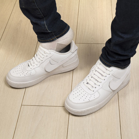 "【KIKKERLAND】No-Tie Shoe Bands ""White"""