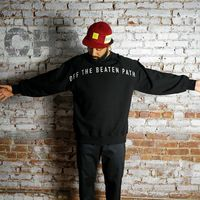 【CHARI&CO】OFF THE BEATEN PATH CREWNECK SWEATS