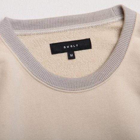 【quolt】OFF-SLEEVE SWEAT