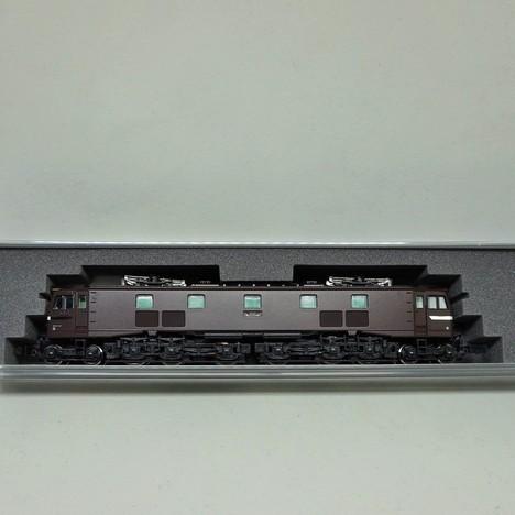 EF58 小窓茶色