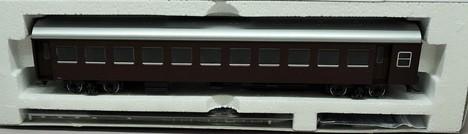 国鉄客車ナハ10形(茶色)
