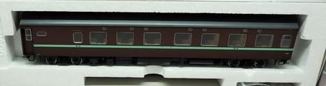 国鉄客車オロネ10形(茶色)