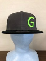 正面「G」ロゴ3D刺繍