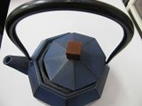 南部鉄瓶八角ブルー1.3LH23cm浄水竹炭5枚付