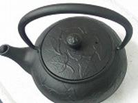 急須南部鉄teapotつる草0.35L竹炭5枚付