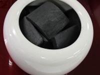 信楽焼手火鉢白と徳島県産消臭竹炭5cm20枚セット