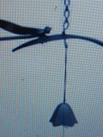 南部鉄風鈴トンボ+浄水竹炭5枚付横26.5cm