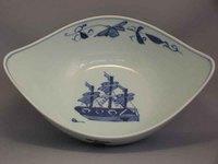有田焼 青花 オランダ船船形盛り鉢