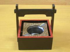 銀砂金波木枠付き灰皿