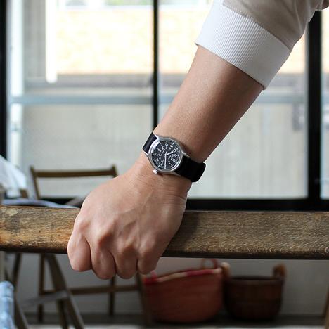 タイメックス TIMEX 日本企画限定2000本モデル SSキャンパープラ ブラック 36mmステンレスケース アクリル風防 ナイロンバンド 腕時計 正規輸入品 TW2R58300