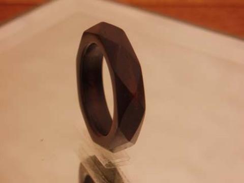 金属アレルギー 指輪 結婚指輪