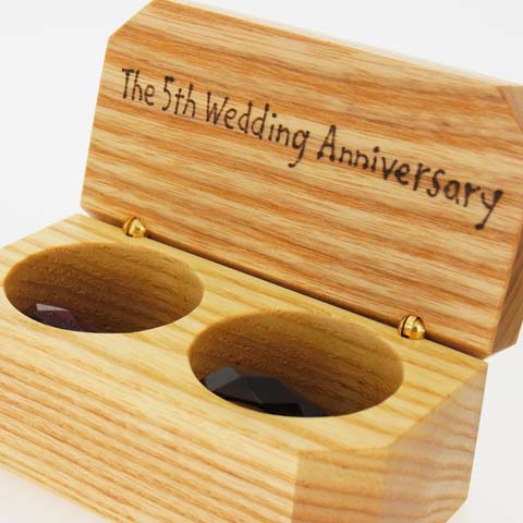 リングピロー 結婚指輪