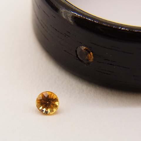 9月の誕生石サファイアの木の指輪