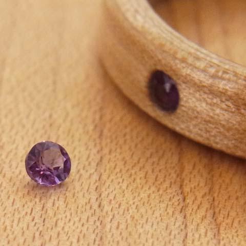 2月の誕生石アメジストの木の指輪