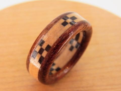 沖縄ミンサー織の木の指輪