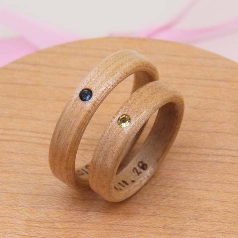 木の指輪 誕生石